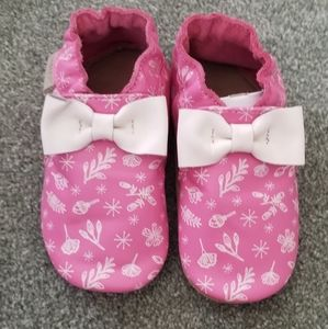 Robeez baby shoes (18-24) months
